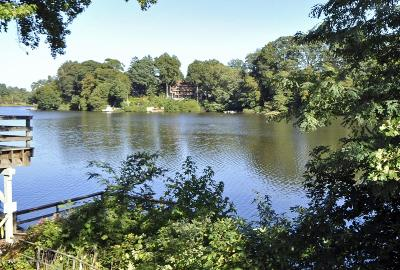 Monmouth County Adult Community For Sale: 4 Berkshire Court