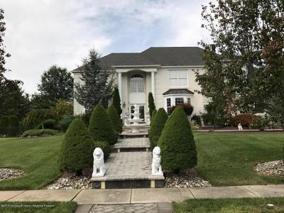 Farmingdale NJ Single Family Home For Sale: $584,999