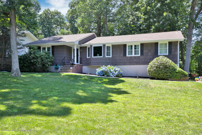 Middletown Single Family Home Under Contract: 40 Princeton Street