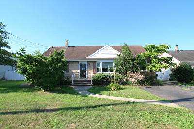 Hazlet Single Family Home Under Contract: 12 Parkview Drive