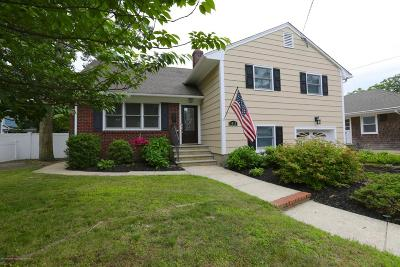 Point Pleasant Single Family Home For Sale: 1012 Old Farm Road