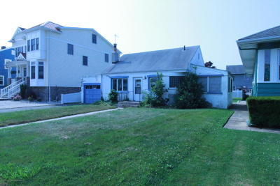 Point Pleasant Beach Single Family Home Under Contract: 116 Parkway