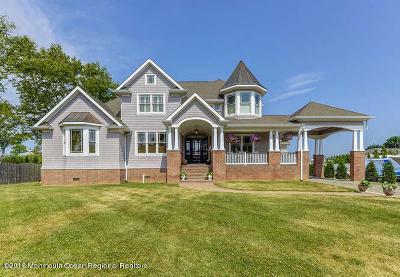 Long Branch, Monmouth Beach, Oceanport Single Family Home For Sale: 161 Comanche Drive