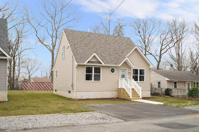 Toms River Single Family Home For Sale: 567 Sica Lane