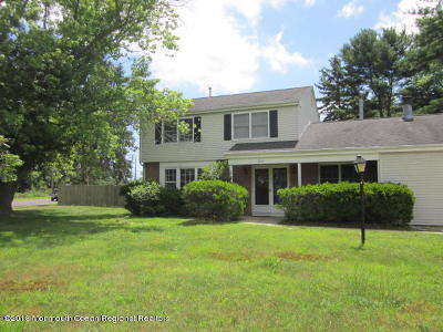 Single Family Home Under Contract: 20 Worth Road