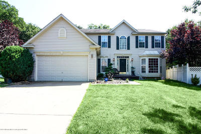 Howell Single Family Home For Sale: 23 Pitch Pine Lane