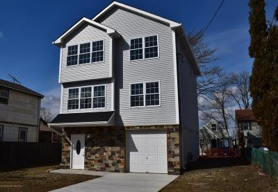 Hazlet Single Family Home Continue To Show: 133 7th Street