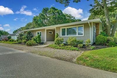 Point Pleasant Single Family Home For Sale: 1100 Northstream Parkway