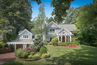 Rumson Single Family Home For Sale: 3 Oak Lane