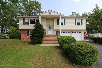 Howell Single Family Home For Sale: 85 Bristlecone Drive