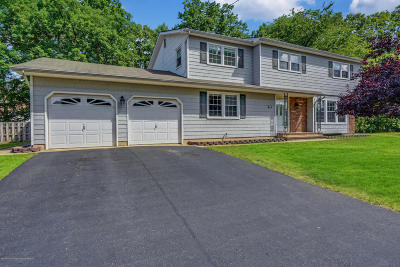 Howell Single Family Home For Sale: 30 N Westfield Road