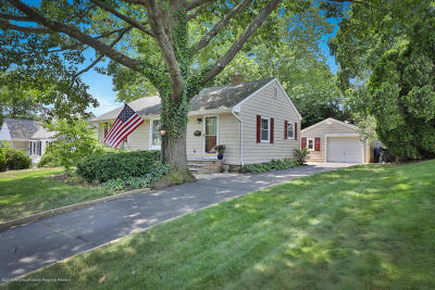 Red Bank Single Family Home Continue To Show: 32 Stephenville Boulevard
