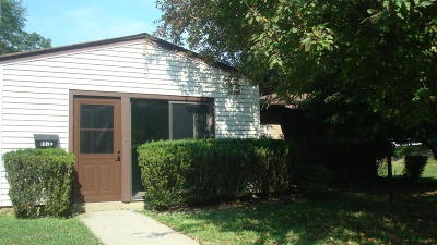 Manalapan Adult Community Under Contract: 137 Amberly Drive #E