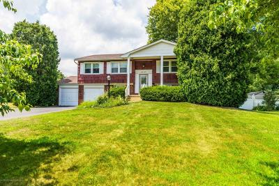 Manalapan Single Family Home For Sale: 27 Cornell Place