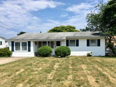 Bayville, Berkeley Single Family Home For Sale: 138 Amherst Drive