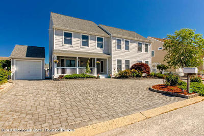 Ocean County Single Family Home For Sale: 151 Jeremy Lane
