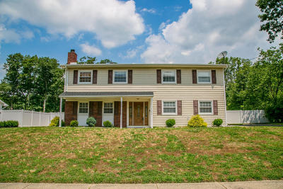 Howell Single Family Home For Sale: 12 Beacon Drive