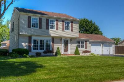 Toms River Single Family Home For Sale: 1040 Evelyn Drive