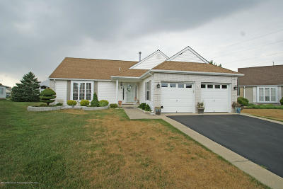 Hc Heights Adult Community Under Contract: 5 Ripley Court