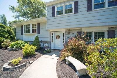 Manalapan Single Family Home For Sale: 26 Whittier Drive