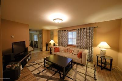 Brick Single Family Home For Sale: 318 Elm Court
