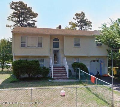 Ocean County Single Family Home For Sale: 105 Carol Street