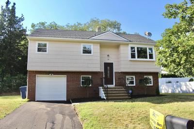 Monmouth County Single Family Home For Sale: 111 Moss Place