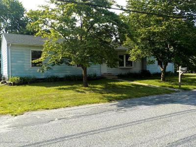 Beachwood Single Family Home For Sale: 809 Longboat Avenue