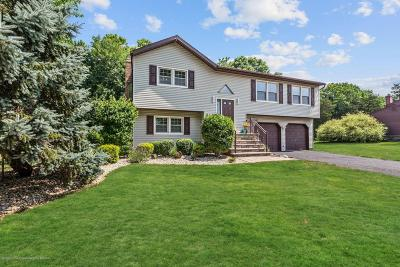 Freehold NJ Single Family Home For Sale: $460,000