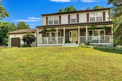 Howell Single Family Home For Sale: 11 Spicy Pond Road