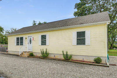 Ocean County Single Family Home For Sale: 707 Navesink Avenue