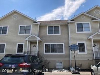 Lakewood Townhouse For Sale: 12 Hekel Road