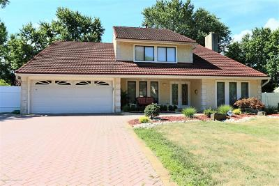 Freehold NJ Single Family Home For Sale: $539,900
