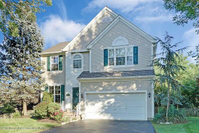 Monmouth County Single Family Home For Sale: 16 Raleigh Pass