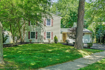 Howell Single Family Home For Sale: 9 Hearth Court