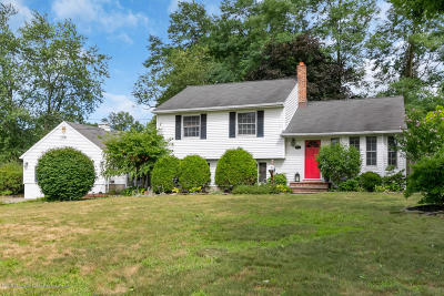 Middletown Single Family Home Under Contract: 64 Pedee Place