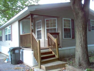 Morganville Single Family Home For Sale: 15 Village Road