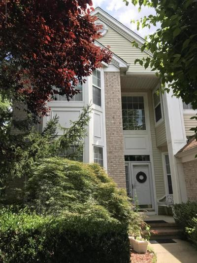 Colts Neck Single Family Home For Sale: 8 Armistead Ky