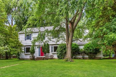 Holmdel Single Family Home Under Contract: 5 Sweet Briar Lane