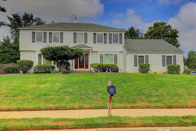 Red Bank Single Family Home For Sale: 4 Fowler Court