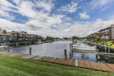 Point Pleasant Condo/Townhouse For Sale: 11 Sea Point Drive