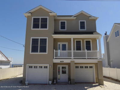 Toms River Single Family Home For Sale: 669 Bayview Drive