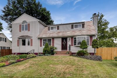 Hazlet Single Family Home For Sale: 20 Irwin Place