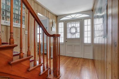 Point Pleasant Beach Multi Family Home For Sale: 104 Washington Avenue