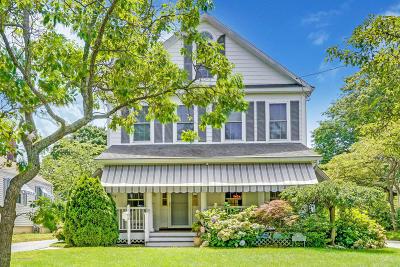 Spring Lake Single Family Home For Sale: 419 Saint Clair Avenue