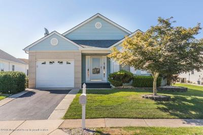 Hc Heights Adult Community For Sale: 158 Chesterfield Lane