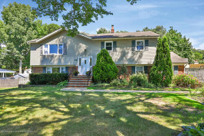 Middletown Single Family Home Under Contract: 66 Hosford Avenue