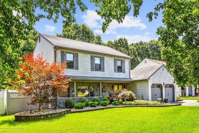 Holmdel NJ Single Family Home For Sale: $624,900