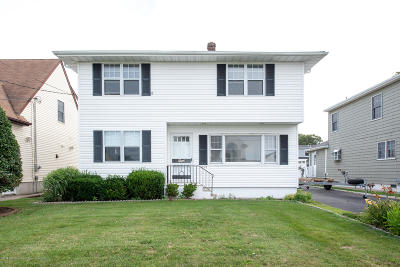 Point Pleasant Single Family Home For Sale: 1804 Shore Boulevard