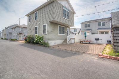 Lavallette Single Family Home For Sale: 29 E Shore Way